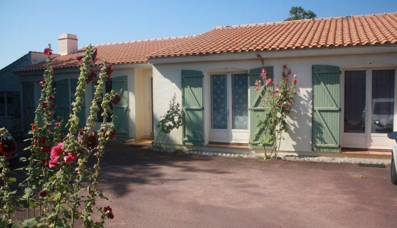 Sallertaine - Maison 7 pièces - 172.70 m2 à Sallertaine - AGENCE ELIOT CHALLANS