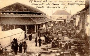 Challans le marché des vollailles Vendée Pays de la Loire - AGENCE ELIOT CHALLANS