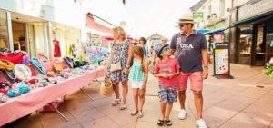 Marêcher sur le marché de Challans - AGENCE ELIOT CHALLANS