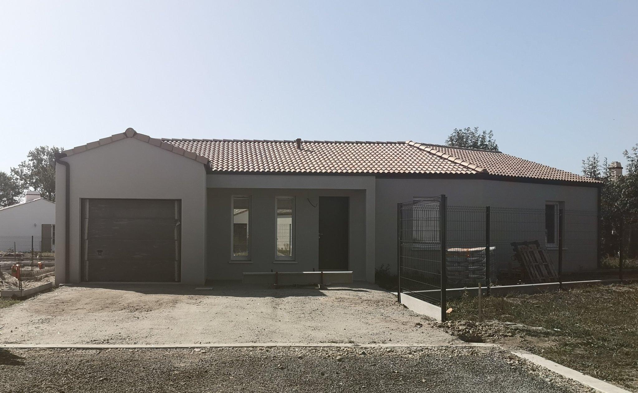 Challans – Maison 4 pièces | ref-RO1611-2211