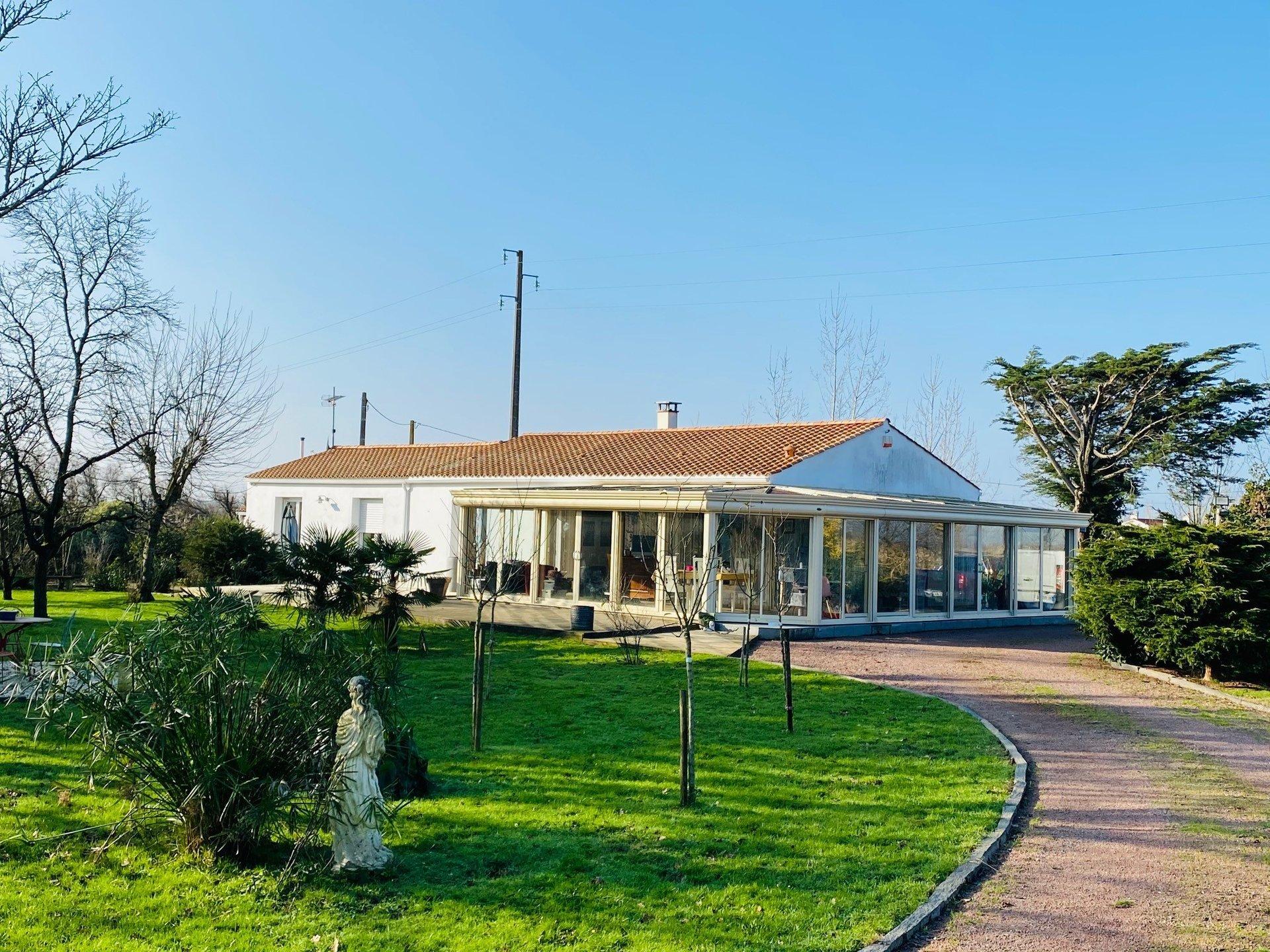 SOULLANS maison en campagne 5 pièces 165 m2 | ref-3506-1413